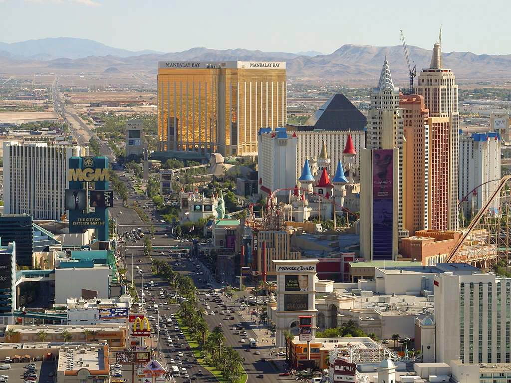Getting Around Las Vegas Without A Car Our Guide On How To