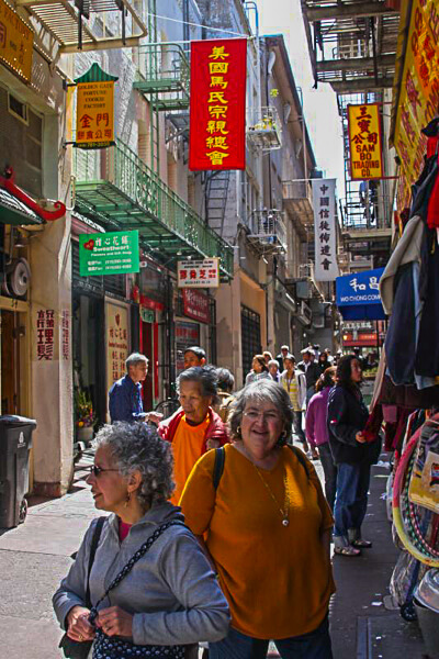 San Francisco Chinatown Ross alley