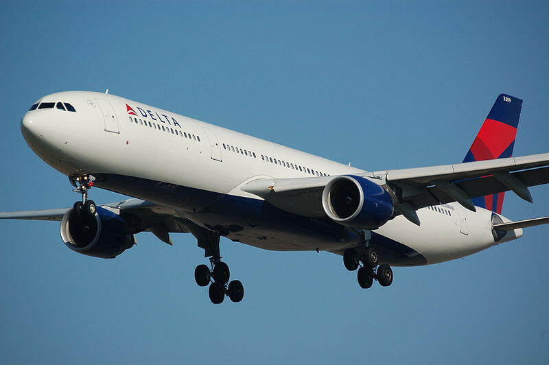 Delta Airlines Economy Review - TransAtlantic