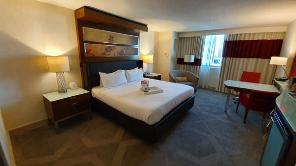 Mirage Staywell King Room