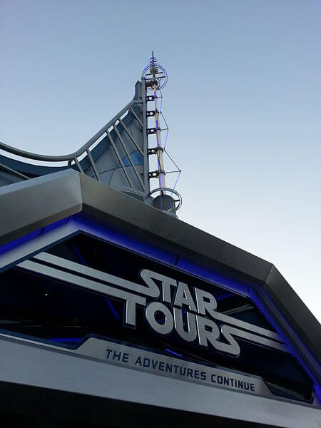 Disneyland Star Tours The Adventures Continue Review