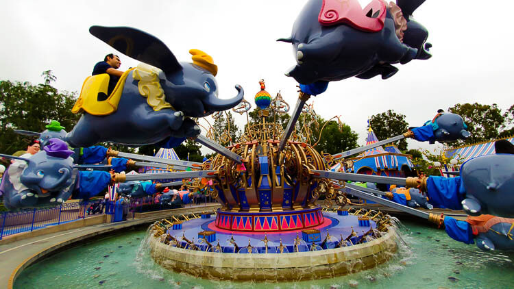 How Many Days Do You Need At Disneyland California