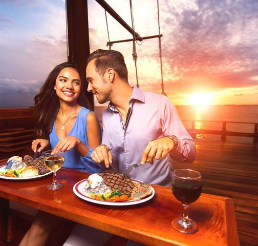 Go Cancun Pass Dinner Cruise