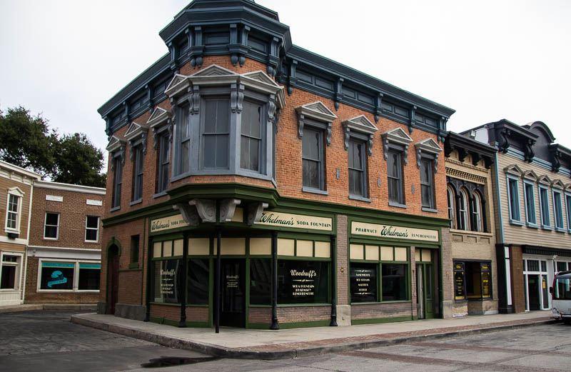Warner Bros Hennessy Street