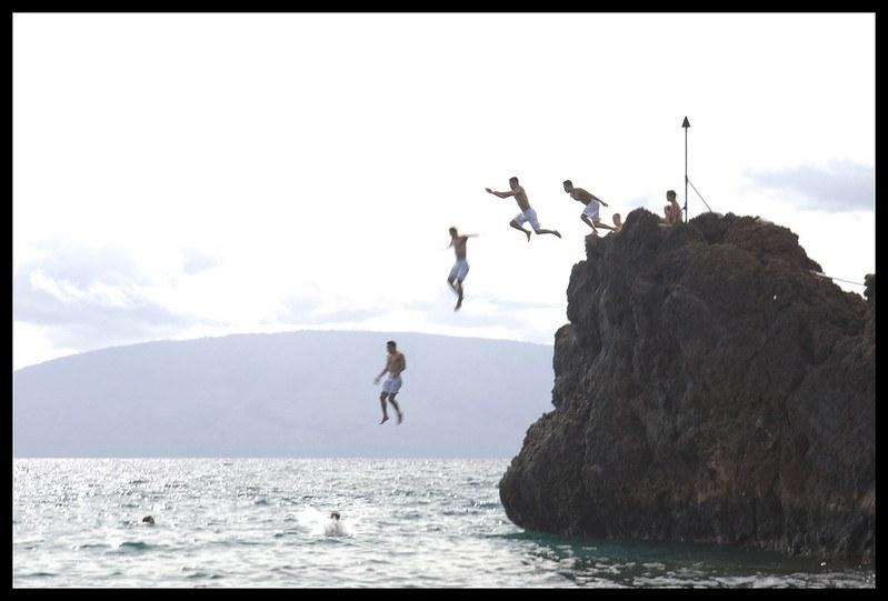 Black Rock Cliff Jumping Kaanapali Maui
