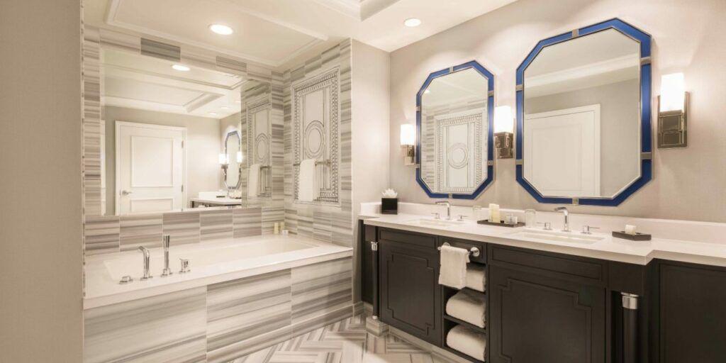 Caesars Palace Palace Tower Premium Bathroom